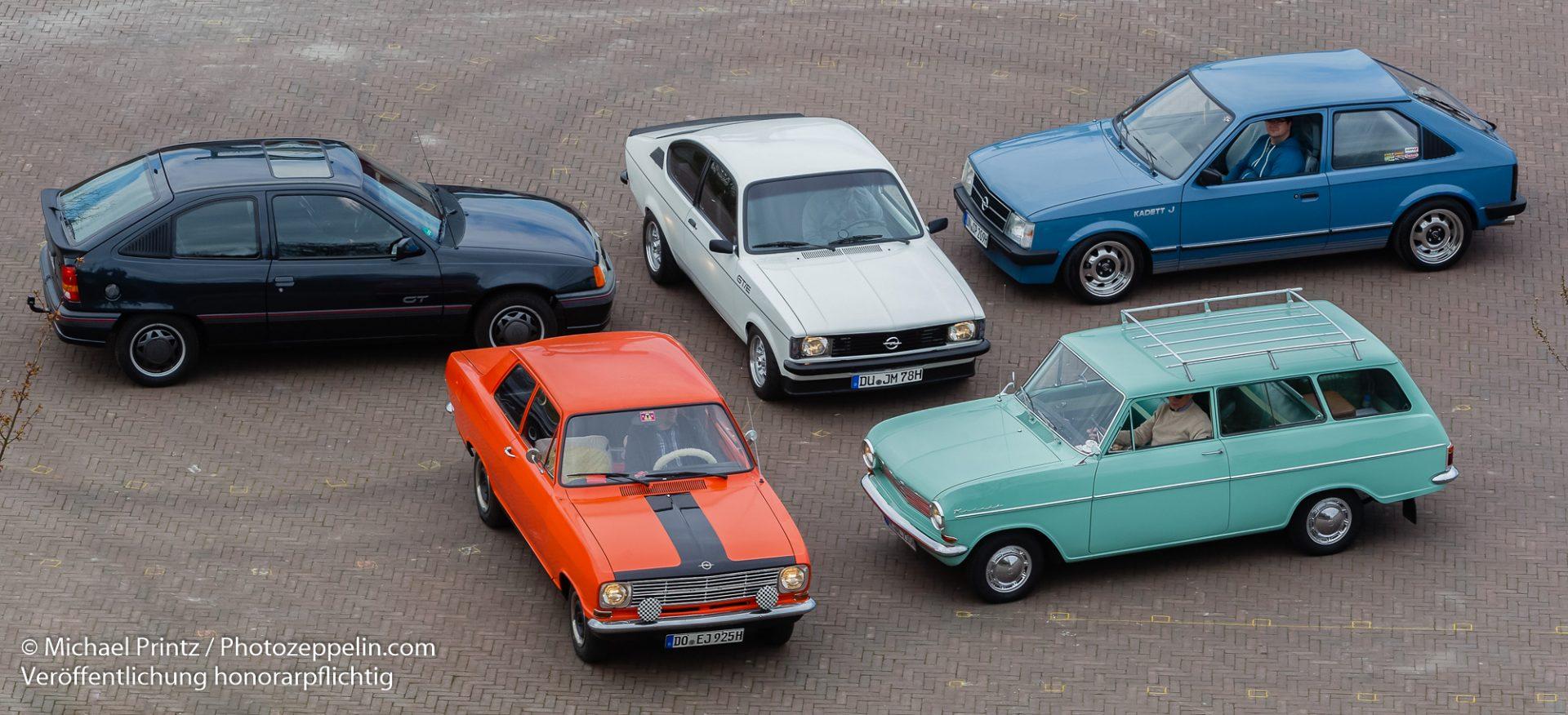 Auto Classic - Kadettenschule by Michael Printz.