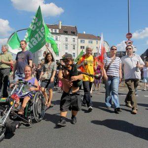 Eindrücke vom Demonstrationsgeschehen linkes Spektrum / ver.di / linke Autonome / Friedensfest Katharinenstraße bis Münsterstraße Foto: Michael Printz / PHOTOZEPPELIN.COM